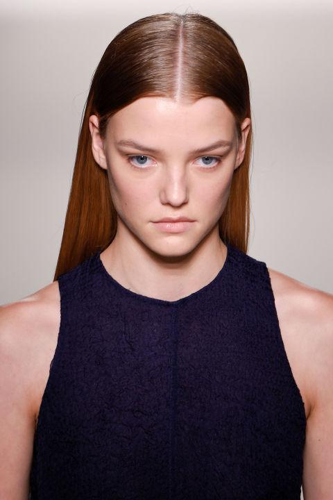 1473967585-1473685788-victoria-beckham-hair-trend-ss17