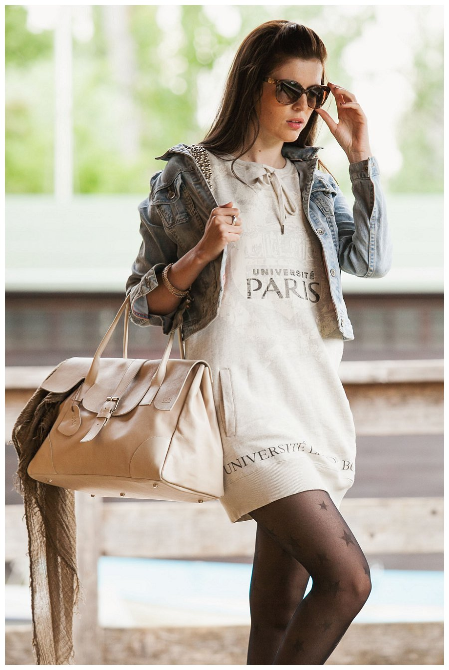 finest selection 61af0 c066d Vestito di felpa Nolita sempre alla moda abbinato con una ...
