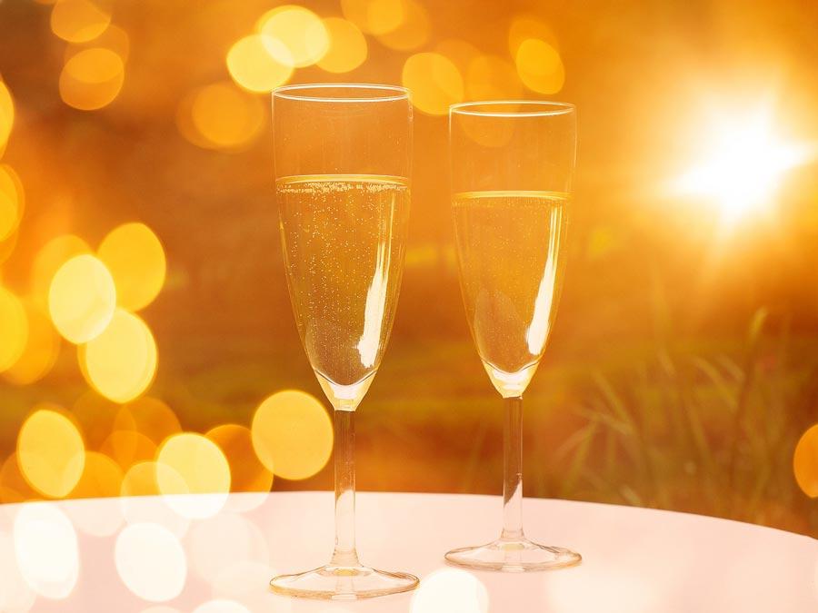 champagne-607535_1280