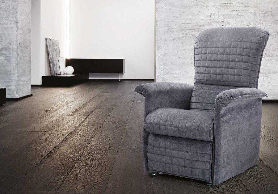 Stunning spazio relax poltrone prezzi gallery for Divani e divani poltrone relax prezzi